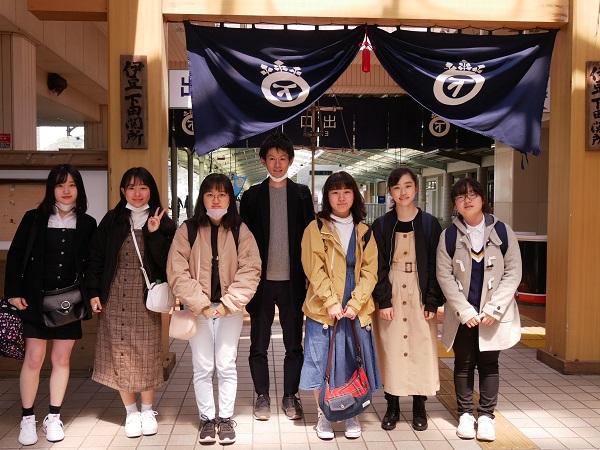 《部活動》 社会科クラブが春合宿を行いました