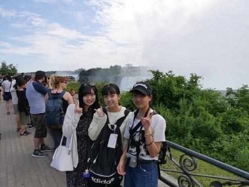 《高校2年》 カナダ研修 ナイアガラの滝に行きました