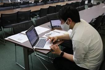 中1学年  自校史を学ぶー「横浜大空襲と神奈川学園」
